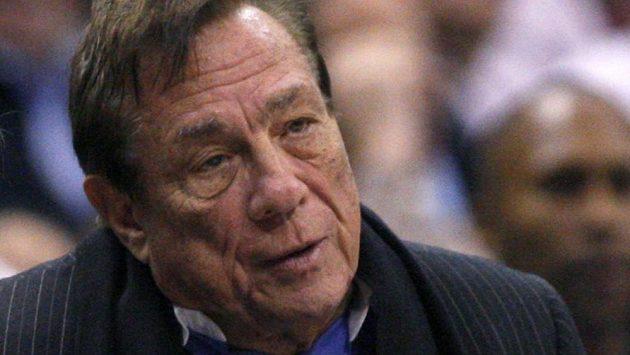 Majitel basketbalistů Los Angeles Clippers Donald Sterling.