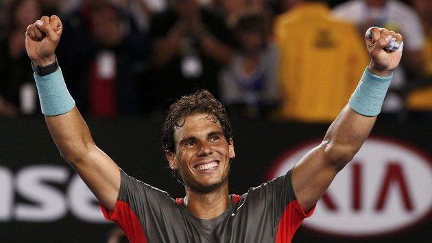 Světová jednička Rafael Nadal bude v neděli útočit na svůj druhý triumf na Australian Open. První získal v roce 2009.