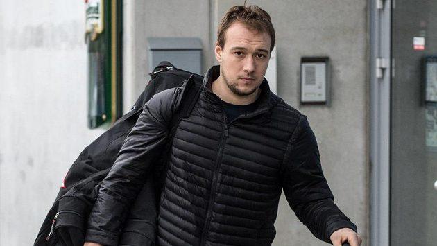 Hokejový útočník Jan Kovář se po neúspěšném snažení o NHL vrátil do Evropy, prozatím do Plzně.