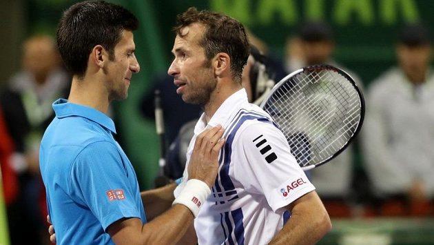 Novak Djokovič (vlevo) a Radek Štěpánek. Český veterán je novou posilou trenérského týmu srbského tenisty.