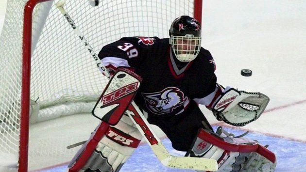 Hokejový brankář Dominik Hašek v dresu Buffala