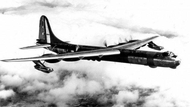 Orville Rogers je nejspíš jediný pilot B-36, který se dožil stovky.