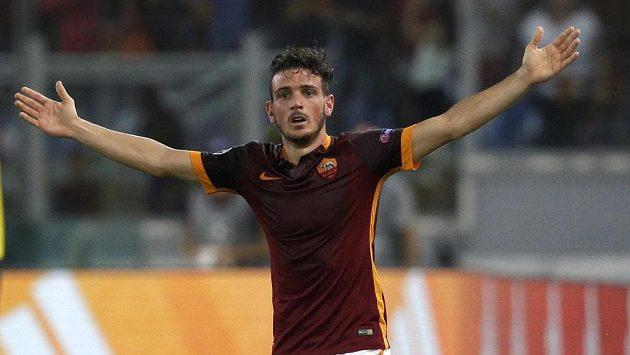 Alessandro Florenzi z AS Řím slaví svou fantastickou dalekonosnou trefu v zápase proti Barceloně.