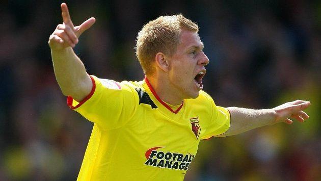 Útočník Watfordu Matěj Vydra se raduje z gólu.