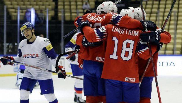 Norská radost po první brance do sítě Korey.