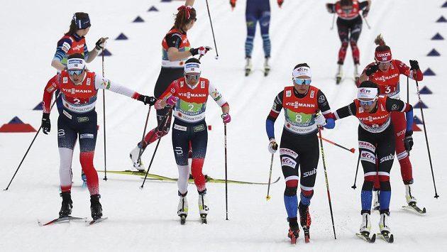 Norské běžkyně na lyžích vyhrály na MS štafetu