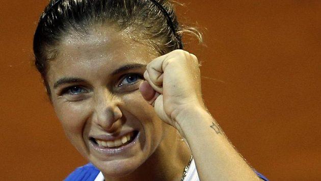 Italka Erraniová rozhodla ve finále Fed Cupu třetí výhrou o celkovém triumfu nad ruským týmem.