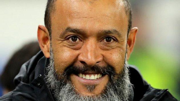 Fotbalisty Tottenhamu povede trenér Nuno Espírito Santo.