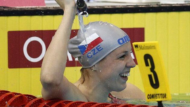 Česká plavkyně Petra Chocová po vítězném závodě na ME v Debrecínu