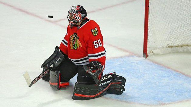 Brankář Chicaga Corey Crawford se stal v NHL nejlepším hráčem týdne.