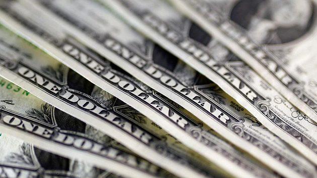 Dolarové bankovky, ilustrační snímek.