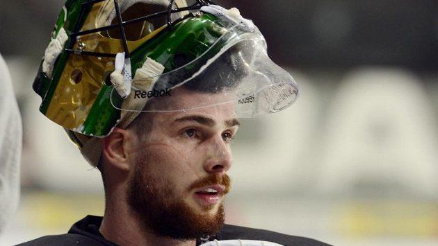 Brankář Alexander Salák na tréninku české hokejové reprezentace.