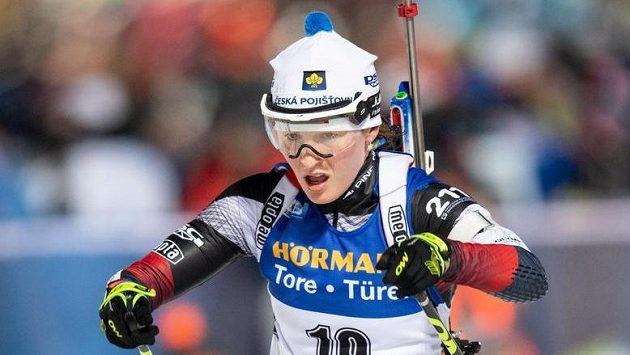 Veronika Vítková během stíhacího závodu v rámci Světového poháru v biatlonu v Novém Městě na Moravě.