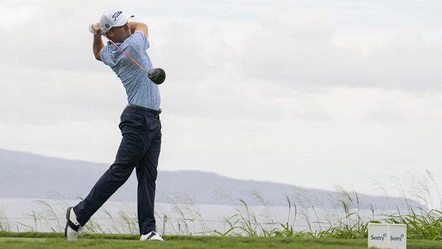 Americký golfista Justin Thomas během turnaje na Havaji.