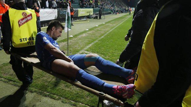 Milan Baroš kvůli zranění zápas s Bohemians nedohrál.