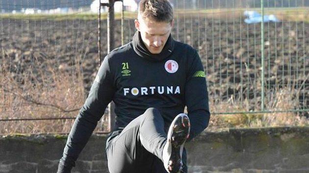 Útočník Slavie Milan Škoda během tréninku v Nymburce.