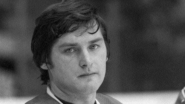 Trojnásobný mistr světa a olympijský vítěz z roku 1988, hokejový brankář Sergej Mylnikov, zemřel ve věku 58 let.