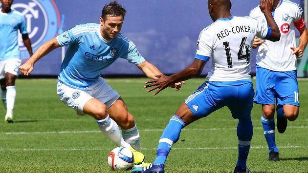 Frank Lampard (8) a Nigel Reo-Coker (14).