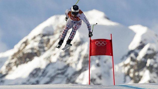 Ondřej Bank na trati superkombinačního sjezdu. Ten zvládl skvěle, ve slalomu vyhořel.