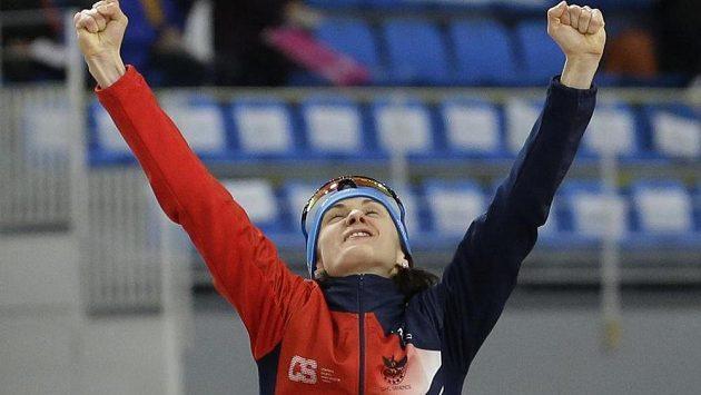 Česká rychlobruslařka Martina Sáblíková měla po triumfu na MS v závodě na 5000 metrů ohromnou radost.