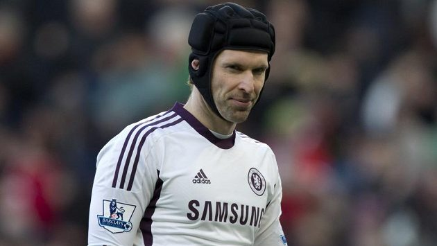 Petr Čech po druhé inkasované brance na Old Trafford...