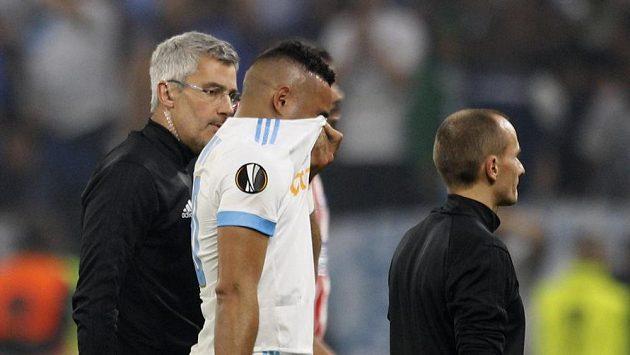 Zraněný kapitán Marseille Dimitri Payet odstupuje z finále EL s Atlétikem. Kvůli zranění si nezahraje ani na MS.
