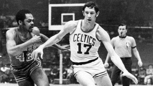 Legendární basketbalista John Havlicek zemřel v pátek ve věku 79 let.