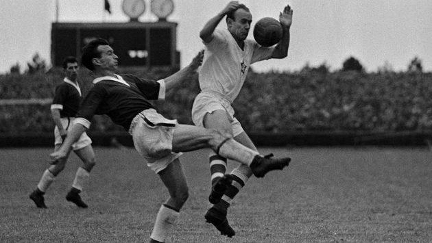 Ve věku 86 let zemřel bývalý fotbalový reprezentant Tadeáš Kraus. Za Československo hrál na světových šampionátech v letech 1954 a 1958, s pražskou Spartou získal v roce 1965 mistrovský titul.