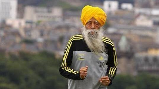 Stoletý Fauja Singh je motivací a příkladem běžcům na celém světě.