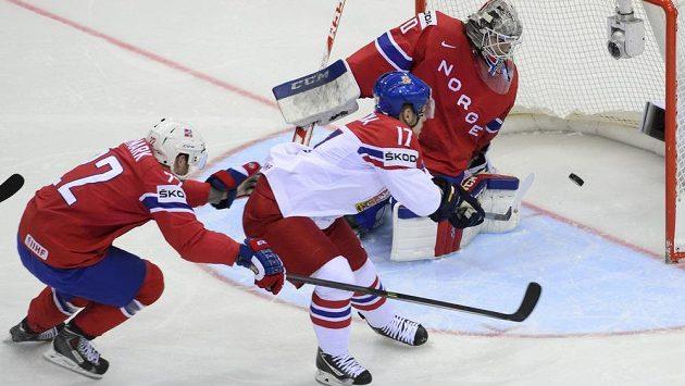 39 sekund a gól. Vladimír Sobotka (v bílém) otevřel v duelu s Nory bleskově skóre.