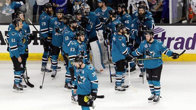 Smutní hokejisté San Jose. Sen o Stanley Cupu se jim rozplynul.