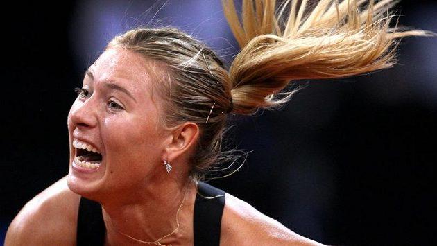 Maria Šarapovová na turnaji ve Stuttgartu