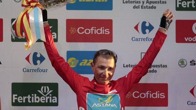 Červený trikot lídra si oblékl Slovinec Janez Brajkovič.