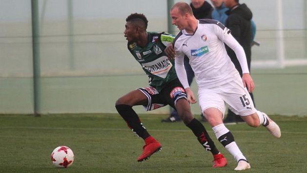 Obletovaný plzeňský útočník Michael Krmenčík se v přípravném utkání proti rakouskému Riedu neprosadil.
