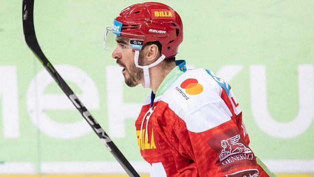 Steven Delisle ze Sparty se raduje ze své trefy proti Kometě Brno.