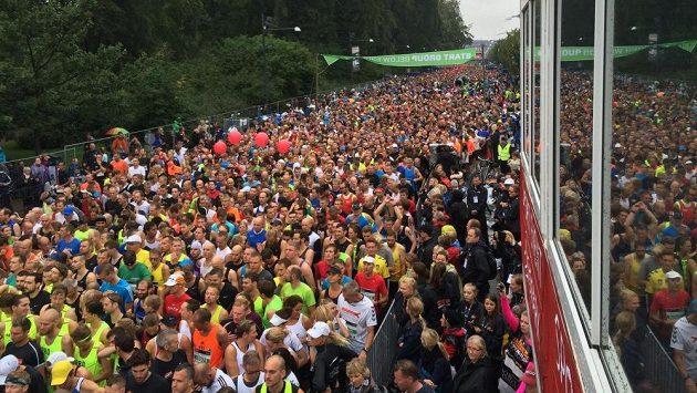 Tisíce běžců se účastnilo o víkendu půlmaratónu v Kodani.
