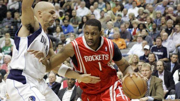 Někdejší hvězda NBA Tracy McGrady (vpravo).