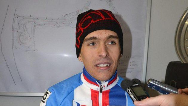 Český cyklokrosař Adam Ťoupalík získal na mistrovství světa v Belgii stříbrnou medaili v závodě mužů do 23 let.