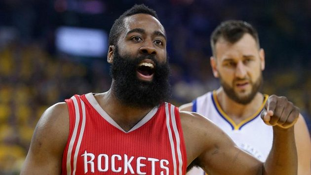 Basketbalista Houstonu Rockets James Harden.
