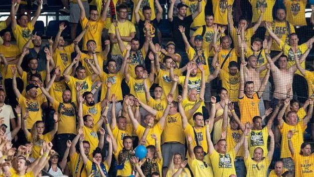 Fanoušci Opavy během utkání na Spartě.