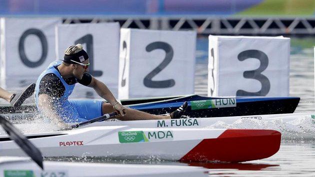 Martin Fuksa v cíli finále B na 200 metrů.