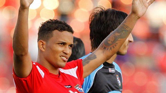 Panamský reprezentant Amilcar Henriquez byl v Colónu zastřelen neznámými útočníky.