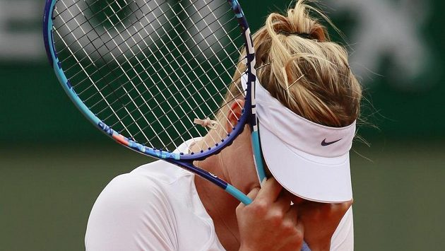 Dojatá Maria Šarapovová po postupu do 4. kola French Open.