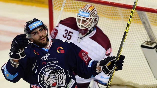 Petr Jelínek se raduje z gólu. Ilustrační foto.