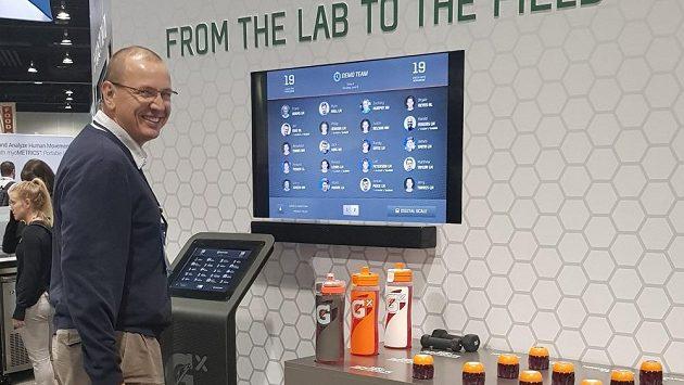 Profesor Vítek spolupracuje i s institucemi ve Spojených státech. Zde v Gatorade Institutu.