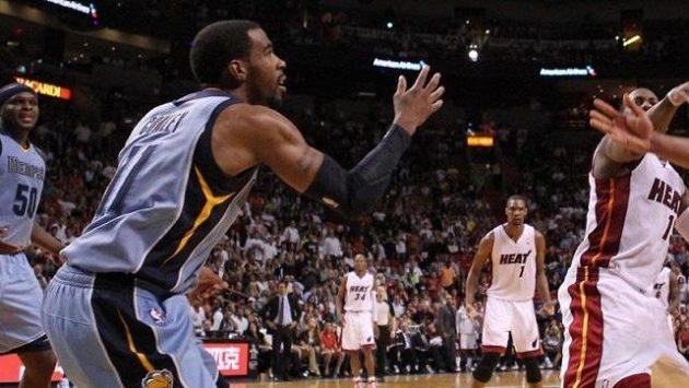 Jeden z nejlépe placených hráčů NBA Mike Conley poprvé v kariéře změní působiště