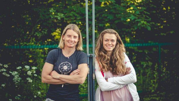Štěpánka (vlevo) a Amálie Hilgertovy, české reprezentantky ve vodním slalomu.