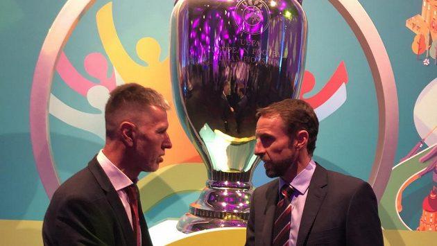 Trenér české reprezentace Jaroslav Šilhavý si samozřejmě potřásl rukou s koučem Anglie Garethem Southgatem.