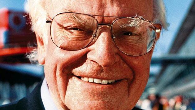 Bývalý lékař formule 1 Sid Watkins zemřel 12. září.