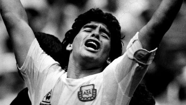 Diego Maradona, jeden z nejlpších fotbalistů všech dob, zemřel